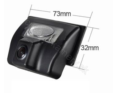 cúvacia kamera pre Suzuki SX4 sedan